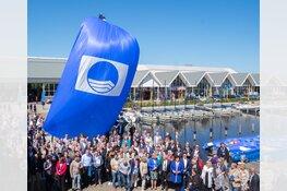 Weer Blauwe Vlag voor stranden Bergen