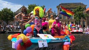 Pride vaart voor de 9de keer door de Alkmaarse grachten