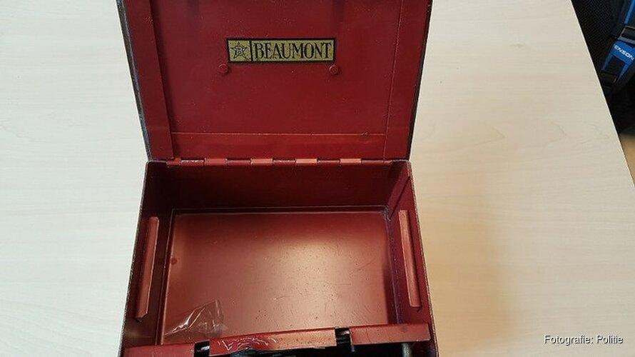 Oproep politie Alkmaar: van wie zijn deze spullen?