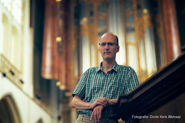 Stadsorganist Pieter van Dijk verzorgt kaasmarktconcert vrijdag 13 juli gratis toegankelijk concert met werken van o.a. Scheidemann, Bach en Braga