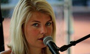 Victorie Open Alkmaar: Over de helft
