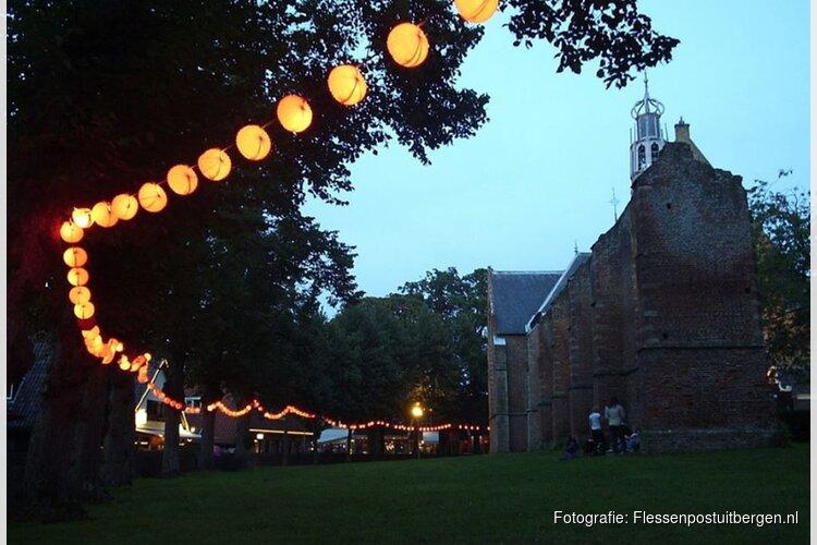Zomerse lichtjesavond trekt veel bezoekers naar Bergen