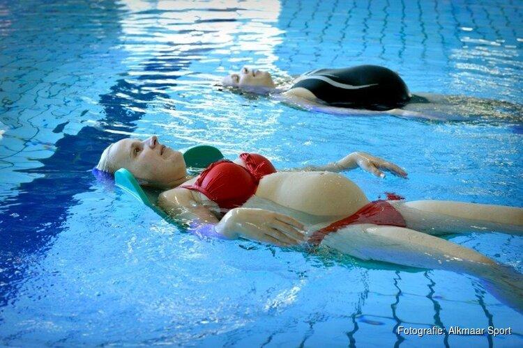 Zwangerschapszwemmen in zwembad Hoornse Vaart