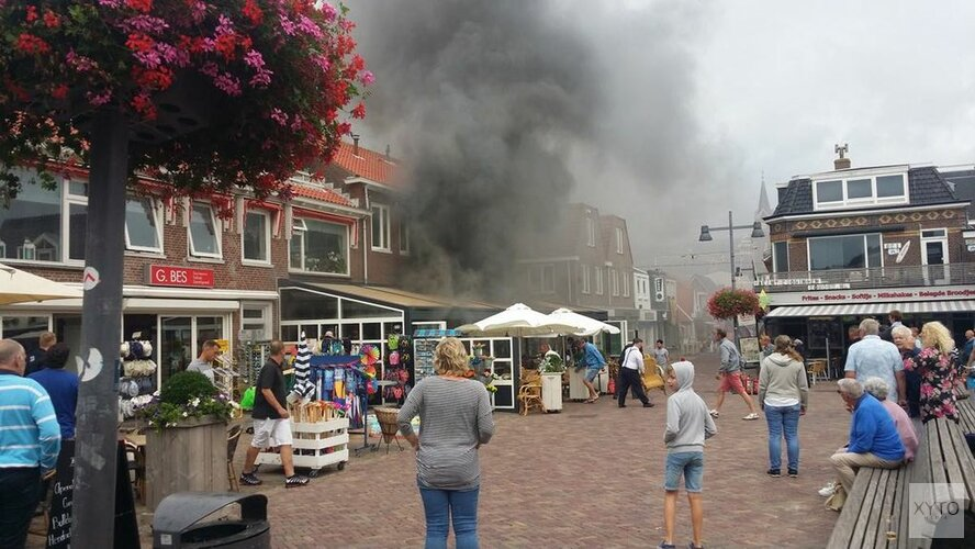 Restaurant in Egmond aan Zee wordt gesloopt om verwoestende brand te kunnen blussen
