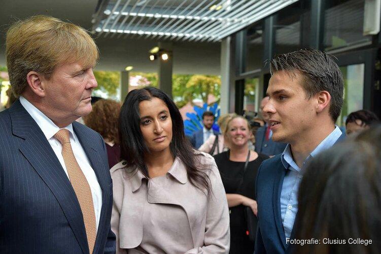 Mbo-studenten Clusius College ontmoeten Koning bij opening schooljaar/ Schermerhornse ambassadeur van het Clusius College