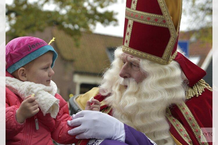 Sinterklaas en zijn Zwarte Pieten komen naar Bergen