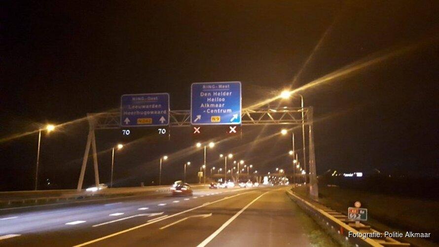 Levensgevaarlijk: bijna dertig automobilisten op de bon geslingerd na negeren rood kruis