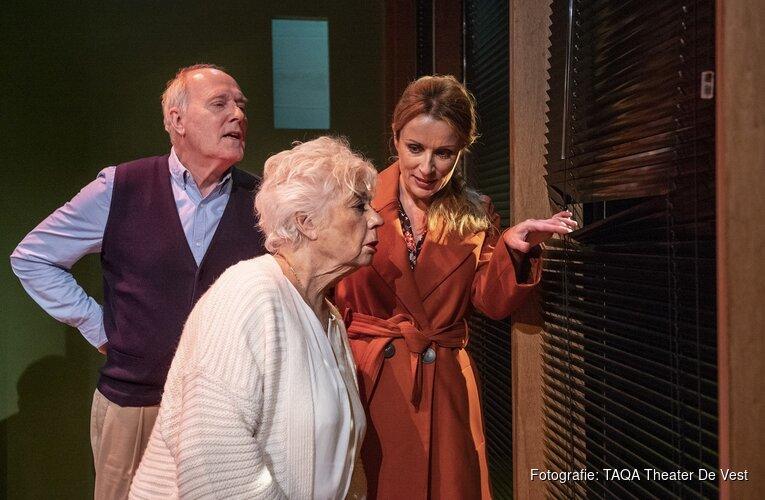 Ingeborg Elzevier viert 60-jarig jubileum in 'Genoeg nu over jou!' Bitterzoete komedie over relatie moeder-dochter