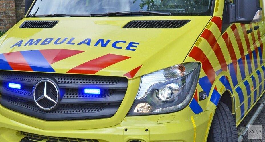 Man zwaargewond na val op glasplaat in Alkmaar(video)