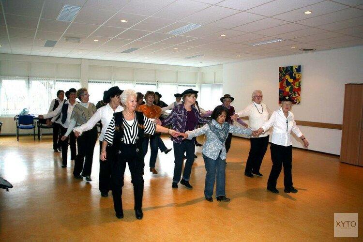 Country-Line Dansen naar Buurthuis 't Ambacht in Alkmaar Noord