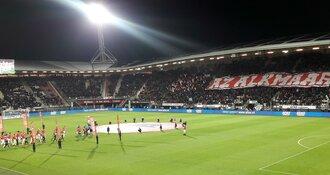 AZ komt goed uit de winterstop met degelijke zege op FC Utrecht