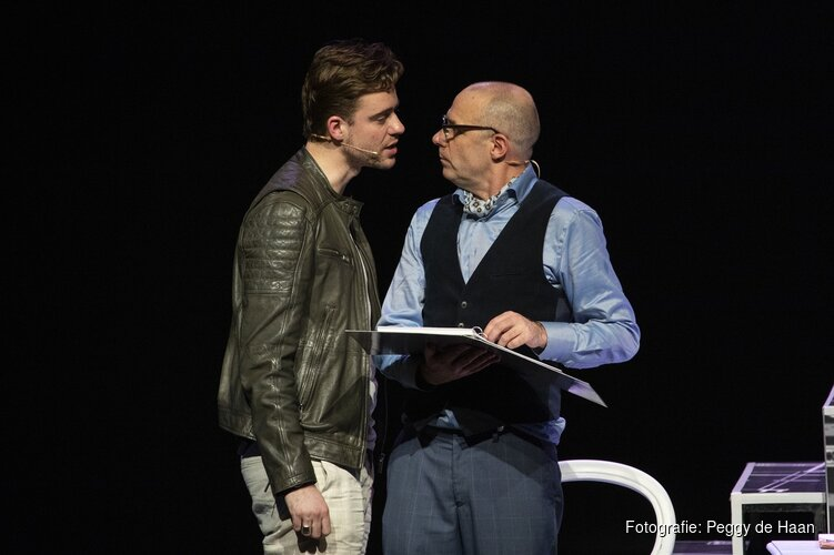 Komedie 'Laten we eerlijk zijn' in TAQA Theater De Vest
