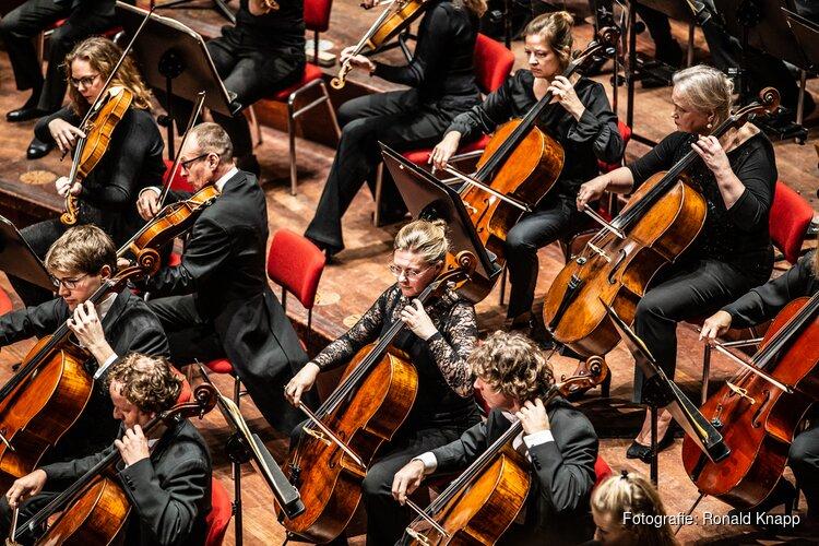 De kaartverkoop voor klassieke concerten in het nieuwe seizoen is van start! Nederlands Philharmonisch Orkest thuis in Alkmaar