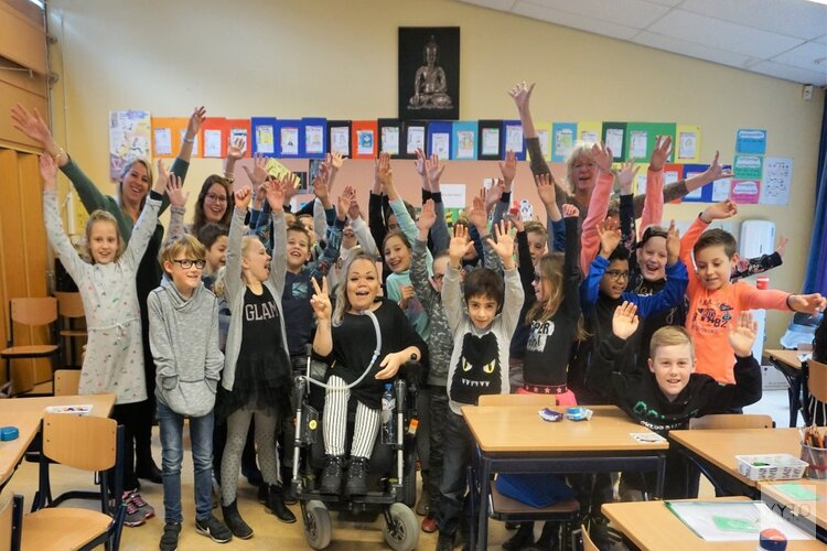 Boek op bezoek bij basisschool 't Baeken