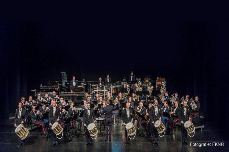 Fanfare korps Nationale Reserve biedt veteranen concert aan