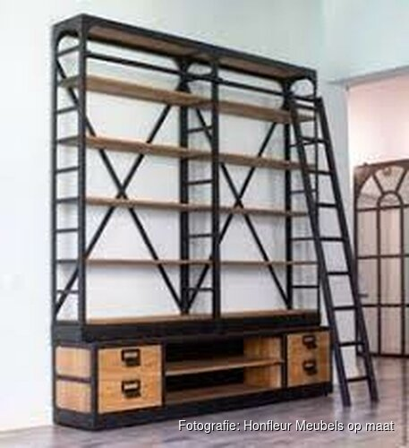 Hippe boekenkast bij Honfleur Meubels op maat