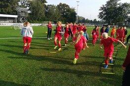 Twee VV Alkmaar Soccer Camps voor meiden in zomervakantie