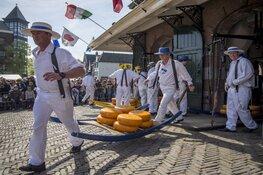 Padel spelers openen Alkmaarse kaasmarkt