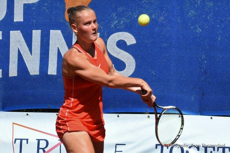 Suzan Lamens voelt zich vrij en speelt ook zo tijdens ITF World Tennis Tour