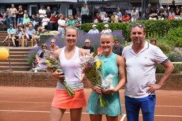 Vele toeschouwers zien hoe slotdag ITF World Tennis Tour een succes wordt