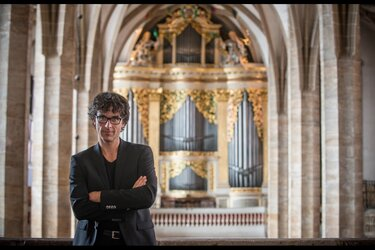 Duitse organist Albrecht Koch brengt gevarieerd programma op twee orgels
