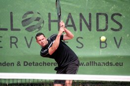 """Van der Velde tankt vertrouwen op """"eigen"""" toernooi; Victorie Open zeer geslaagd"""