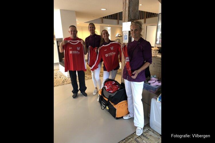 Dental Udding naar Tanzania met vvBergen tenues