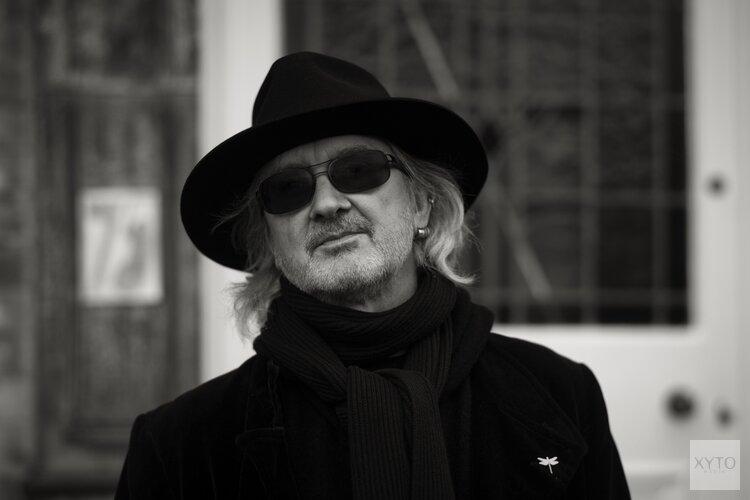 De Britse zanger / gitarist Wayne Hussey (The Mission) komt op 17 september naar Podium Victorie