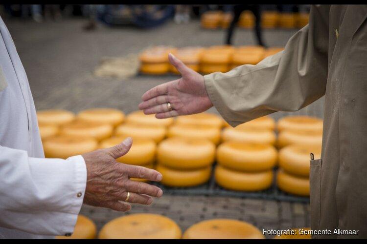 Geert Udo opent kaasmarkt