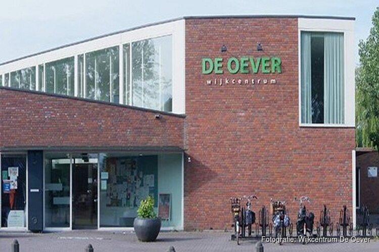 Postzegelbeurs in Wijkcentrum De Oever