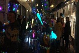 Ondanks zware regenval toch veel bezoekers bij de Shopping Night