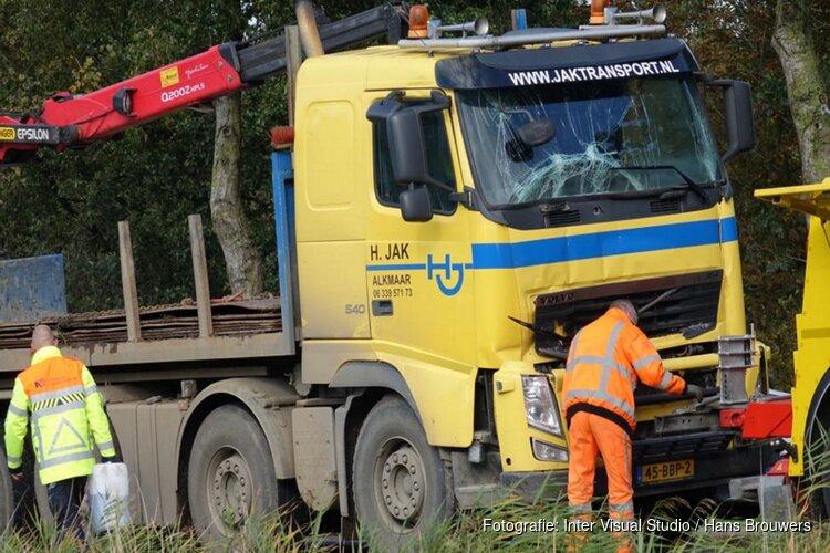 Vrachtwagen betrokken bij ongeval Stompetoren