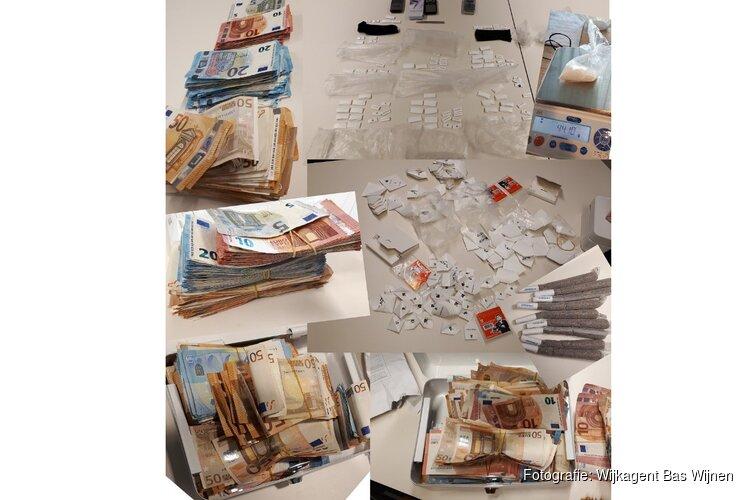 Politie vindt meer dan honderd doses drugs en fortuin aan contanten in woning Alkmaarse dealer