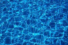 Black Friday in zwembad Hoornse Vaart