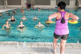 Drie uur durende Aquafitness Marathon in zwembad Hoornse Vaart