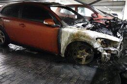 Politie houdt man (35) aan na autobrand in parkeergarage Alkmaar