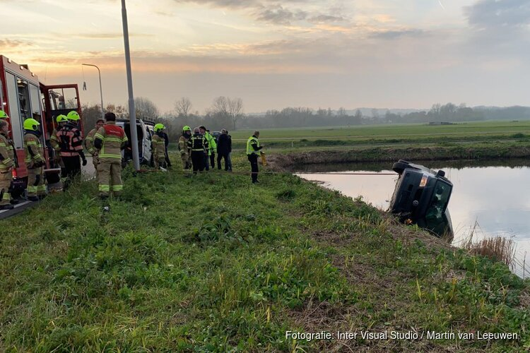 Auto te water in Schoorl