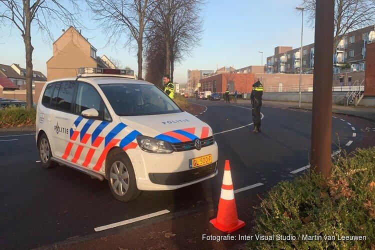 Getuige: 'Agent in Alkmaar schoot meerdere keren na diefstal uit politieauto'