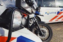 Man (90) aangereden op zebrapad in Alkmaar, automobilist rijdt door