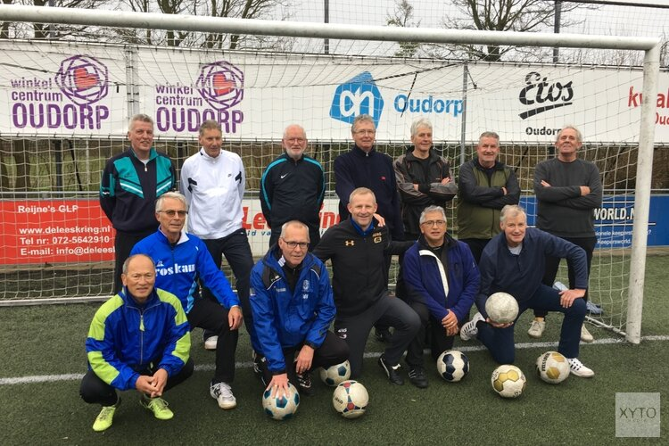 Sportwethouder Pieter Dijkman trapt af bij Kolping Boys – Alkmaarsche Boys op 26 februari