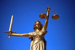 OM eist 15 jaar cel voor moord op kickbokser Coen de Nijs in 2001