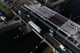 Files rondom Alkmaar door afsluiting Leeghwaterbrug