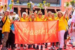 Wandelaars Plus Wandel4daagse Alkmaar halen toch € 4.000,- op voor 't Praethuys Alkmaar