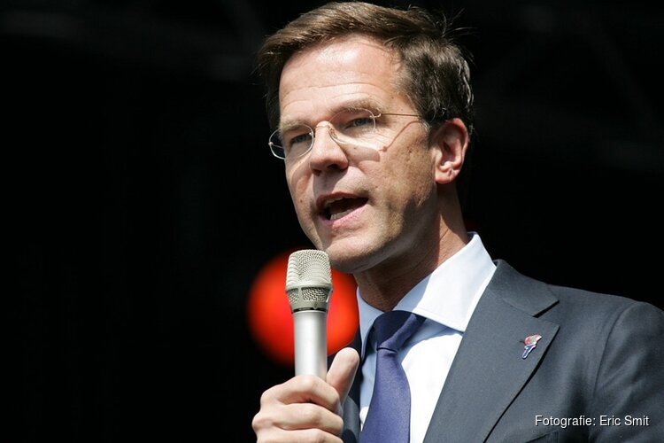 Premier Rutte kondigt versoepelingen coronamaatregelen aan per 1 juni