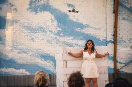 Theatervoorstelling over intimiteit in een 1,5 meter maatschappij