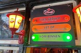 """Alkmaars café 't Hartje zet stoplicht in tegen drukte: """"Snel weer terug naar het normaal"""""""