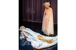 Mama Marlene in Theater De Vest.