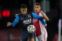 Jong Ajax wint met tien man van Jong AZ