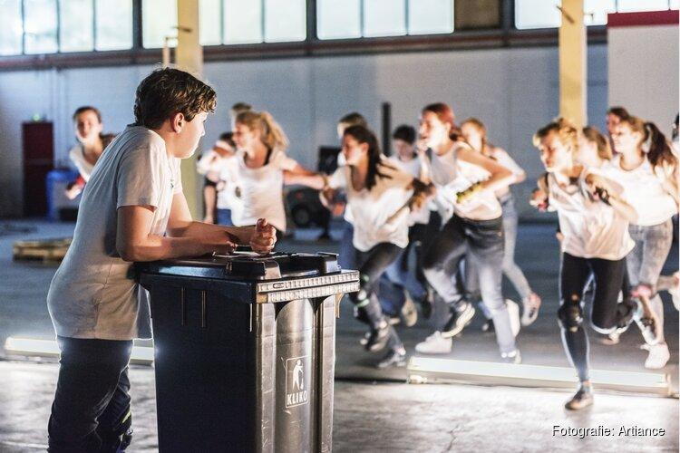 Artiance organiseert in samenwerking met TAQA Theater De Vest een Theaterdag voor jongeren