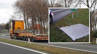 Vrachtwagenchauffeur schiet agenten te hulp op A9